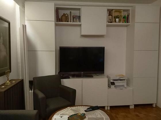 ... ergibt eine beachtliche Schrankwand im Wohnzimmer